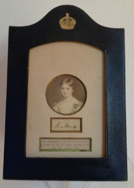 Antique Signature Photo & Presentation Frame Queen Victoria as a Young Girl 1835